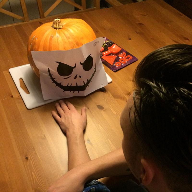 Sjabloon Pompoen Halloween.Wat Eet Je Dan Wel Happy Halloween Disney Pompoen Wat