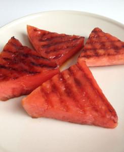 Gegrilde watermeloen steaks
