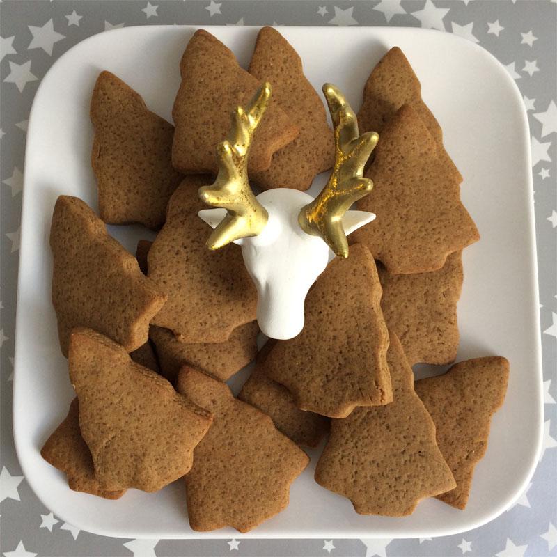 Heerlijke kruidige kerstbomenkoekjes