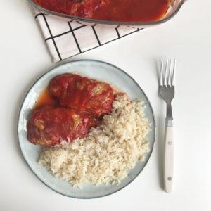Koolrolletjes met tofu en tomaat