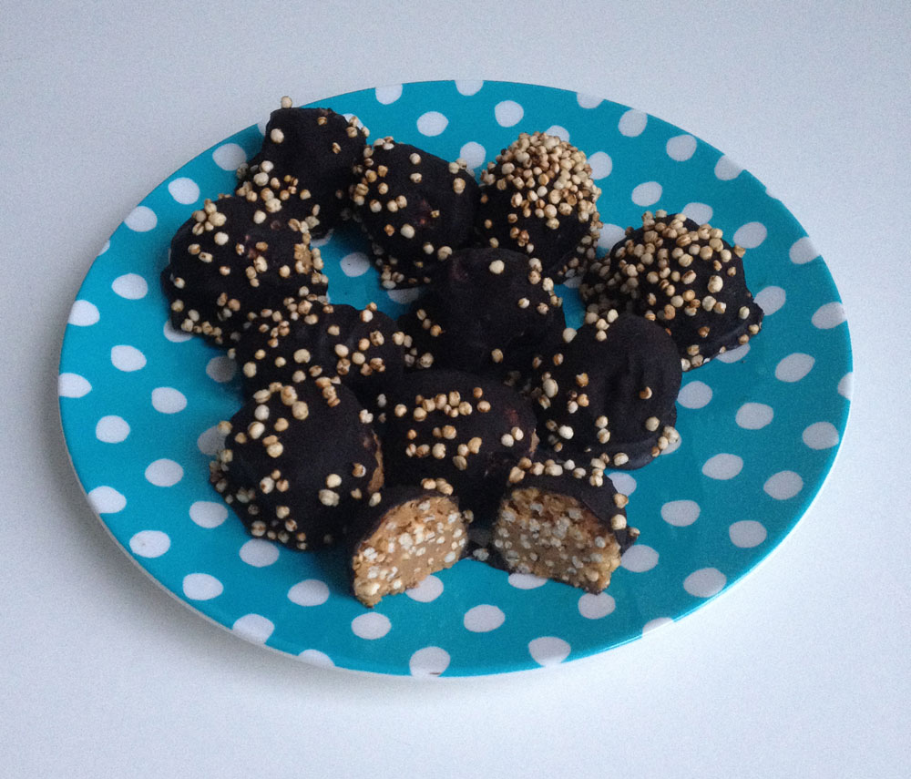 Quinoa chocolade pindakaas balletjes
