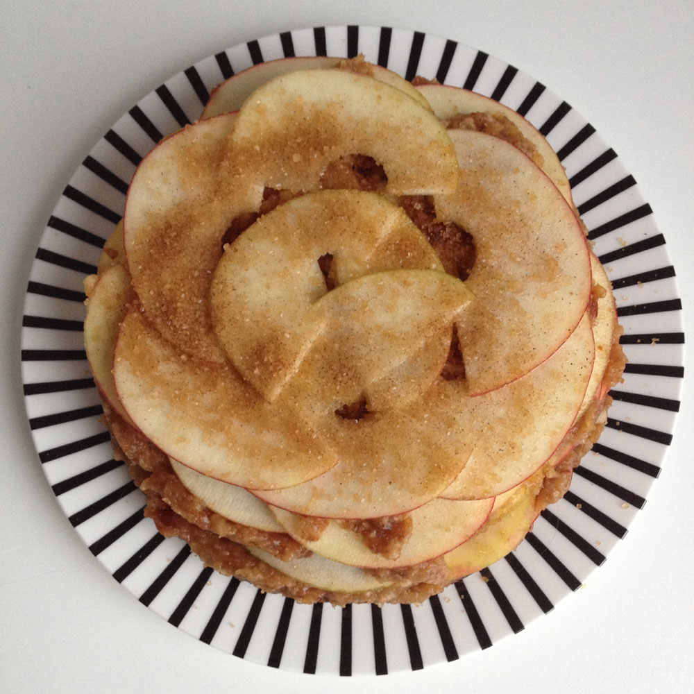 Raw appeltaart met vijgen