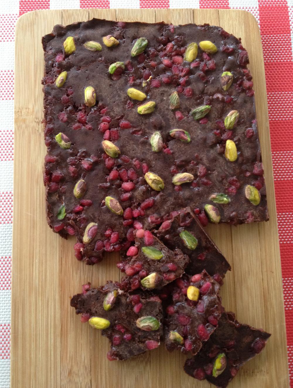 Raw chocolade met granaatappelpitjes
