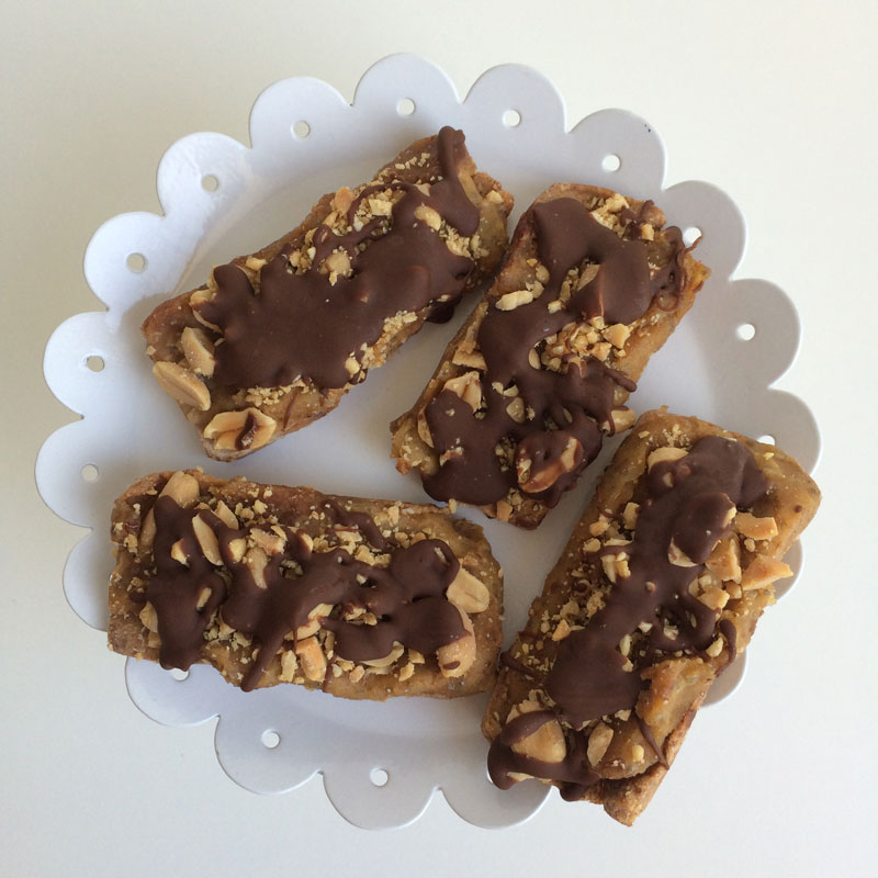 Vegan raw snickers
