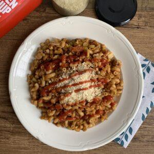 Retro vegan #8: macaroni met ketchup en kaas