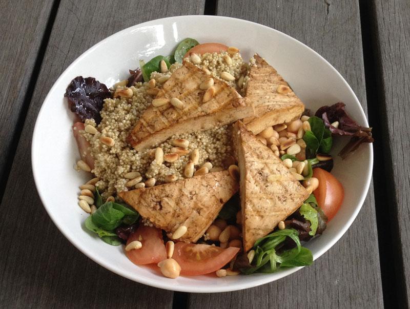 Salade met balsamico tofu