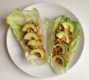 Slawraps met tofu en avocado