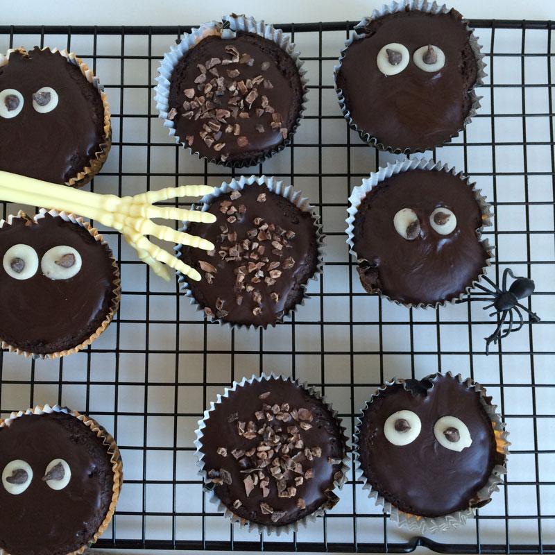 vegan-avocadomuffins-7