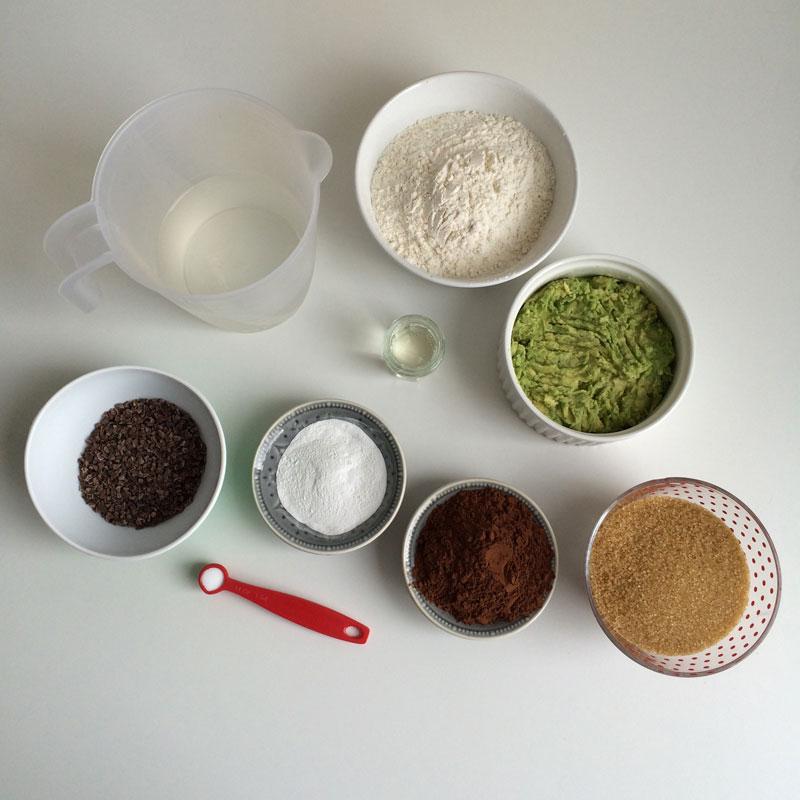 vegan-avocadomuffins-9