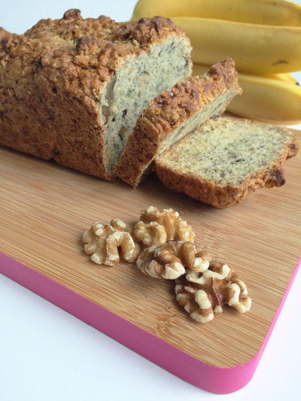 Vegan bananenbrood met walnoten