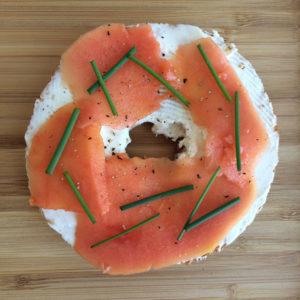 Vegan lox bagel a.ka. papaya zalm