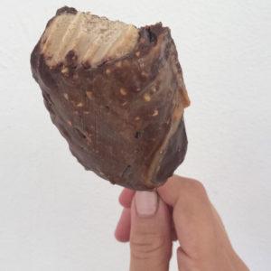 Vegan peanut butter magnums