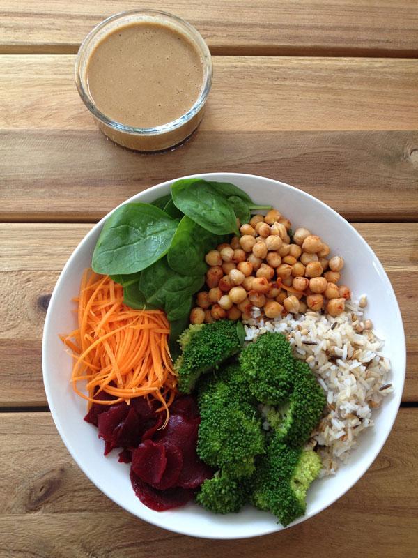 Veggie bowl met tahin dressing