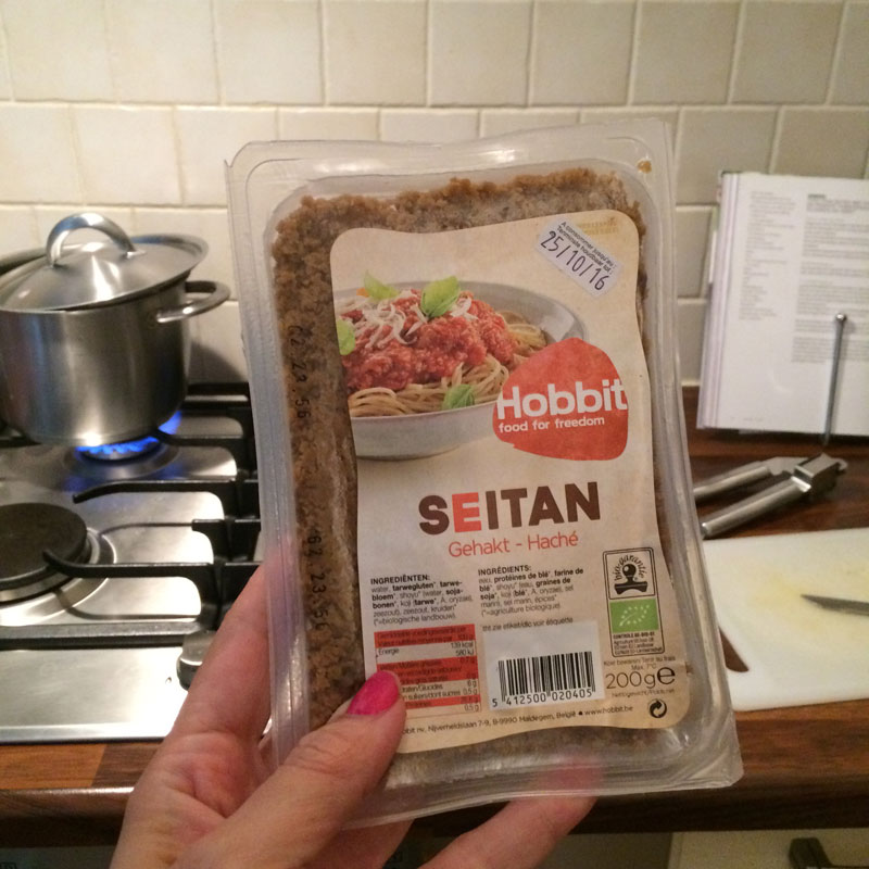 Seitan uit de biowinkel. Dit spul is zo onwijs lekker! <3